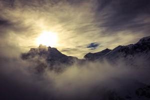 Birg im Nebel